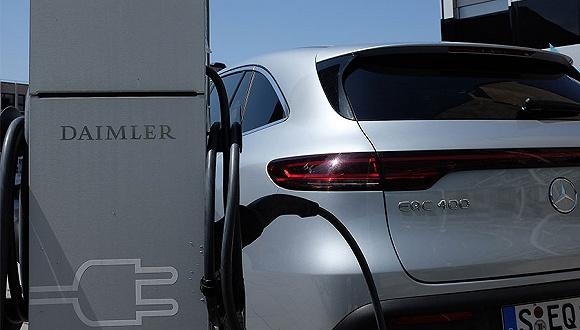 Hinnentach:车企要抱有创新思维 奔驰正在研发有机电池