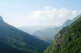 商洛戴云山云海壮丽 海拔1278.5米